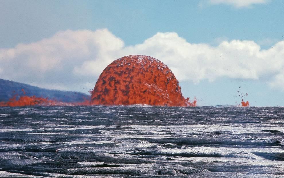 20-метровый лавовый шар, который превратил райские Гавайи в ад