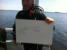 Гидроархеологи исследуют судно, обнаруженное более 20 лет назад на дне одной из проток Днепра