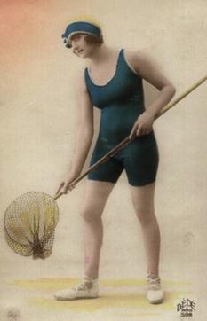 Пляжная мода 1920-х годов: купальные костюмы, которые закрывали почти все тело