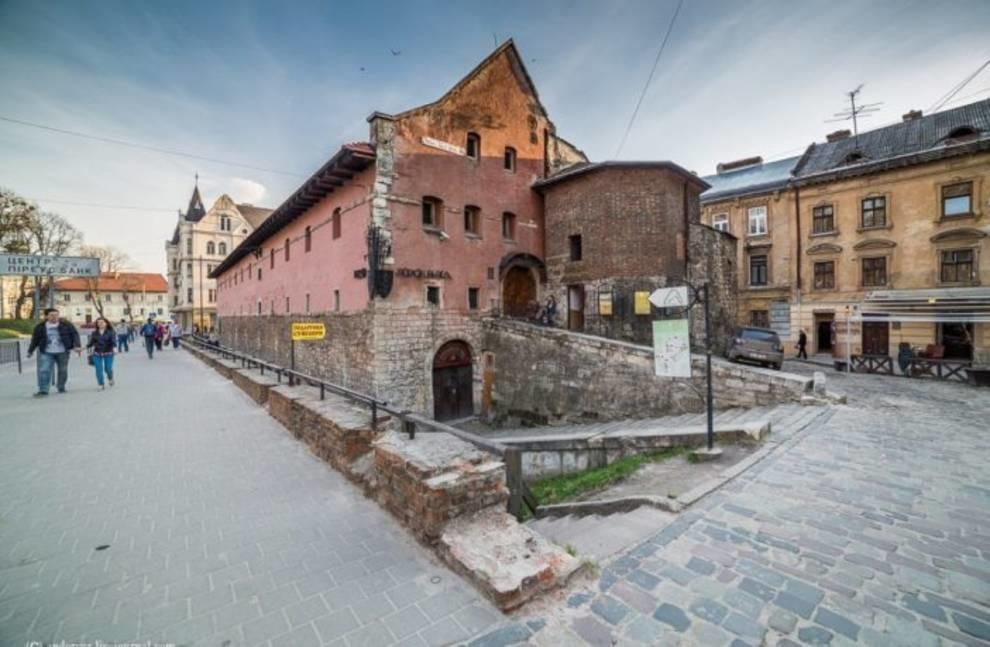 Сообщили о львовских музеях, которые можно посетить онлайн