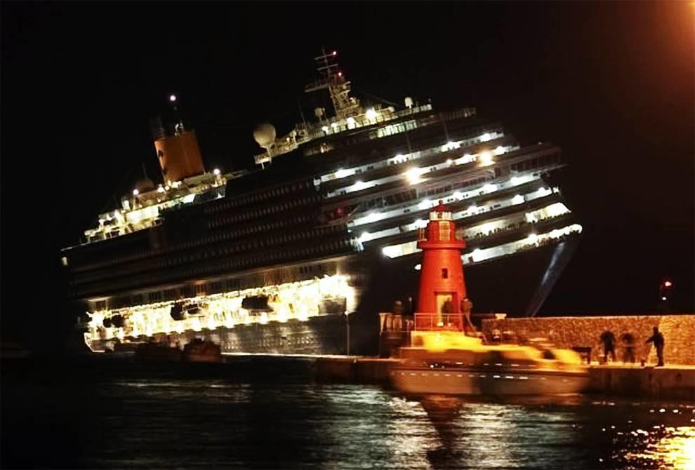«Коста Конкордия»: как затонул лайнер?