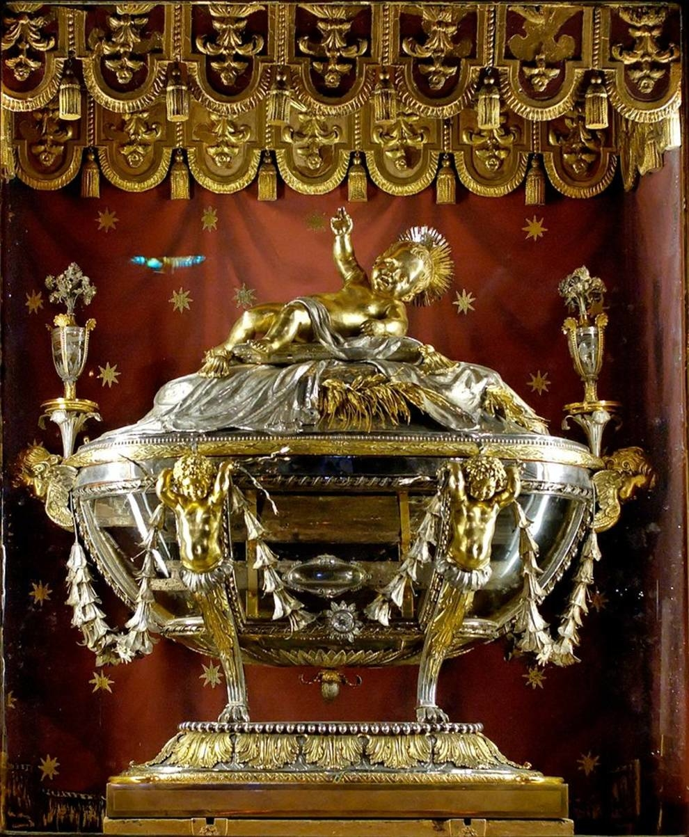В римской базилике Санта-Мария-Маджоре хранятся ясли Христа