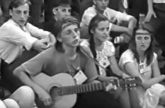 """Songs on the stairs: video from the festival """"Chervona Ruta"""" 1991"""
