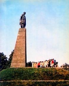 Как и когда Шевченковский мемориал приобрел современный вид?