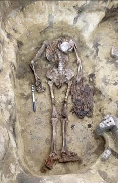 В Сибири раскопали необычное захоронение