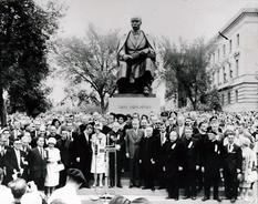 58 лет назад в Виннипеге открыли памятник Тарасу Шевченко