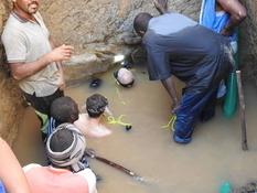 В затопленной гробнице фараона на севере Судана археологи нашли сусальное золото