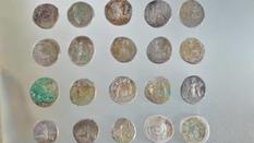 Британский поисковик нашел клад древнеримских монет