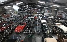 Коллекция из 365 автомобилей, на которых ездили политики и известные личности