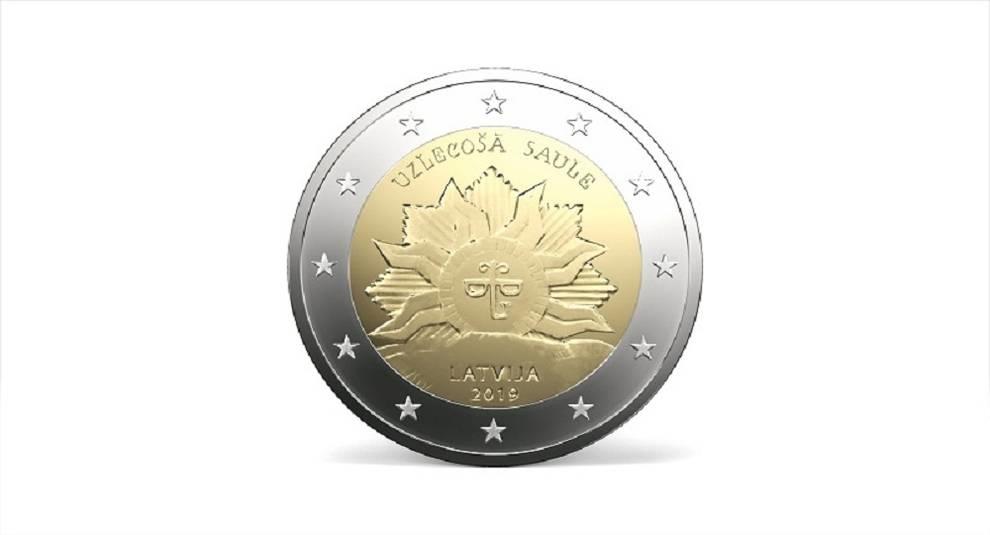 Банк Латвии введет в обращение 2-евровую монету