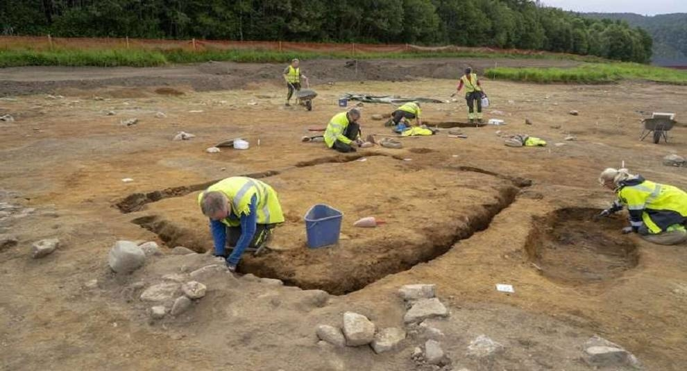 In Norway have unearthed the remains of storage of the bodies