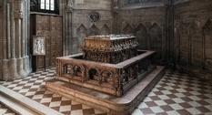 Гробницу Фридриха III исследовали при помощи видеокамеры