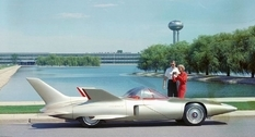 Similar to a rocket: the futuristic GM Firebird III