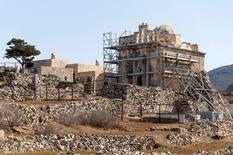 Под архитектурным памятником Эпископи в Греции нашли богатое захоронение