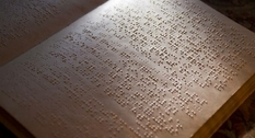 Louis Braille and its font for the blind and visually impaired