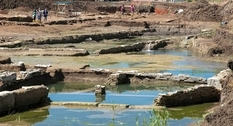 Near Rome archaeologists found an ancient pool