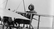 Harriet Quimby: first woman to fly across the English channel