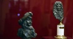 Выдающиеся французы: во Львове организовали выставку «Короли и люди»