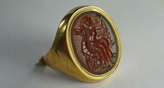 Vintage rings from the collection of Pierre Louis Blakes