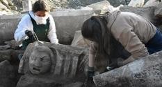 Археологи нашли новые изображения масок в Стратоникее