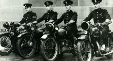 Как менялся транспорт полиции Большого Манчестера на протяжении столетия