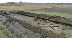 Artifacts of three historical layers: new archaeological discoveries in the Poltava region