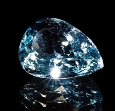 In just 4 minutes at the auction Sotheby's sold the rarest blue diamond