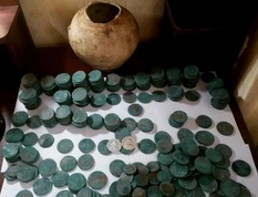 Treasure royal coins in the old place