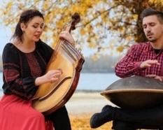 Ханг и бандура: дуэт создал музыкальную композицию с помощью необычного сочетания инструментов