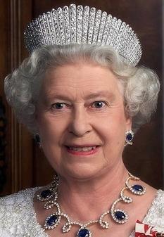 Шикарная коллекция диадем и тиар королевы Елизаветы II