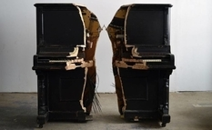 Breaking furniture: an amazing art object from an old piano