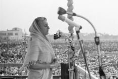 Indira Gandhi: woman and politician