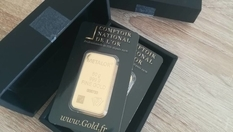 The Frenchman was waiting for a package with a swimsuit, and received gold bars