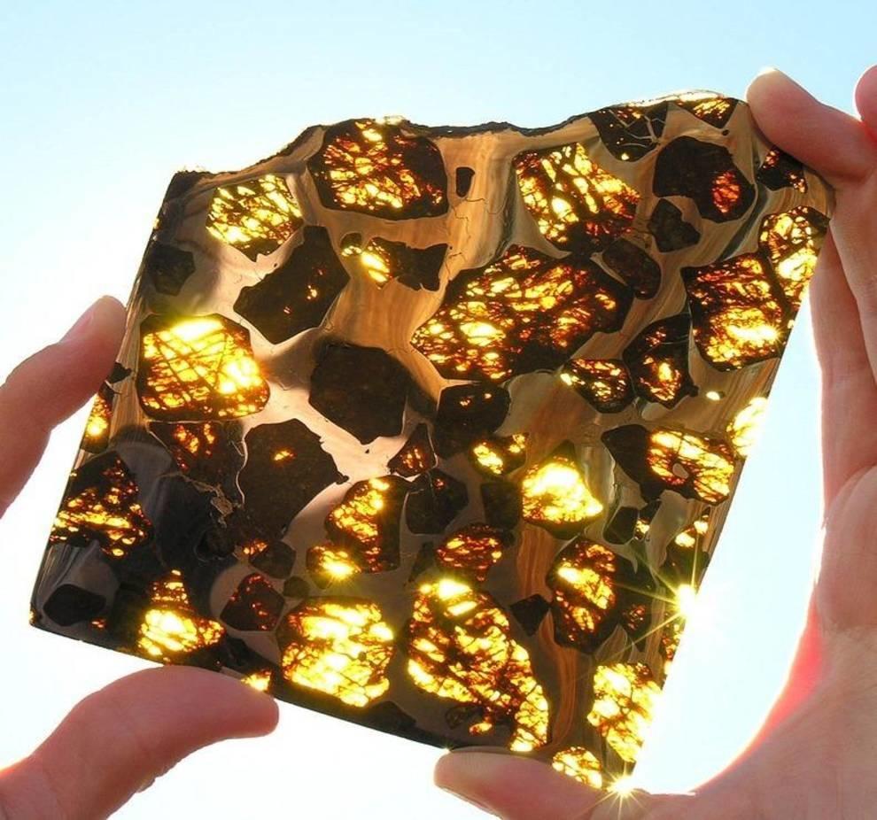 Метеорит из «сот», или самый красивый чужеземный кусок камня