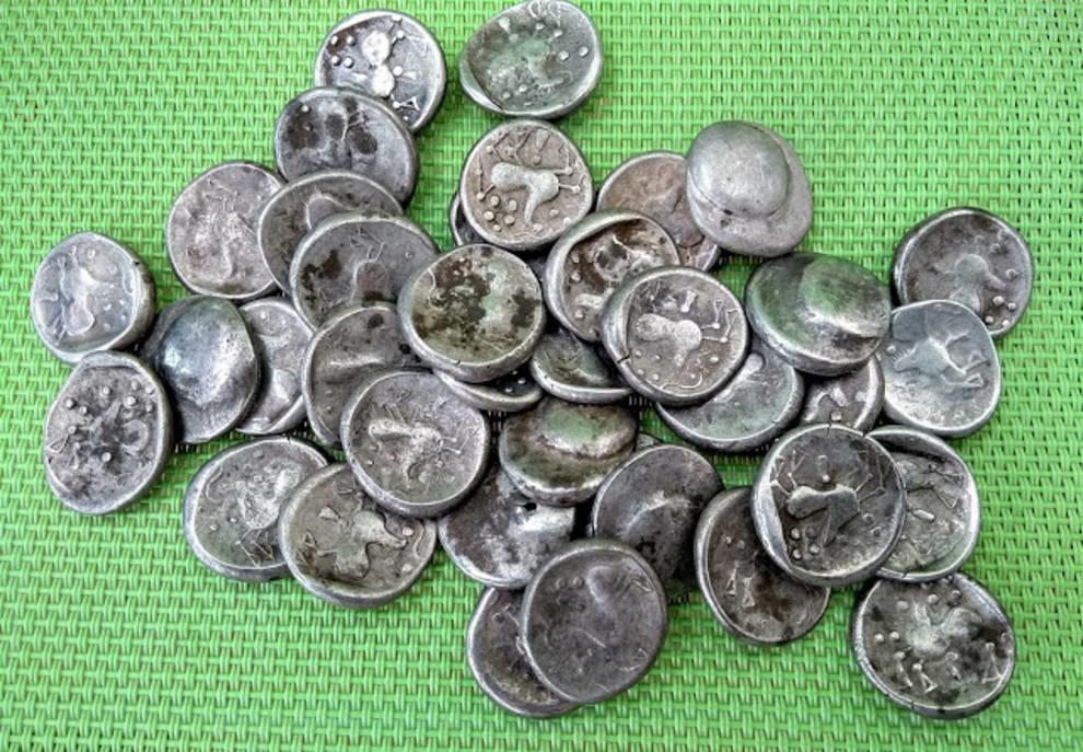 40 серебряных тетрадрахм: крупнейший клад монет эпохи кельтов