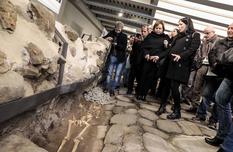 Фаст-фуд со вкусом истории: подземный итальянский музей с древней дорогой и захоронениями