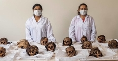 Why did hundreds of children and lamas become objects of sacrifice in the north of Peru?
