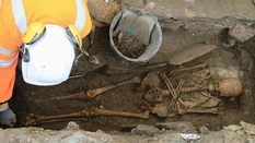 French scientists discovered an unusual medieval burial
