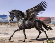Animals and birds from metal in the works of the Iranian sculptor