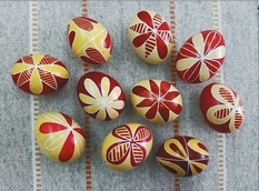 The researcher found Easter eggs with patterns that were painted over 100 years ago