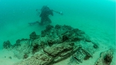 """""""Find of the decade"""": a merchant ship sunk 400 years ago and found off the coast of Portugal"""