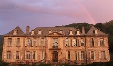 Spouses from Australia restore the French castle of the XVIII century for 6 years to make a hotel out of it