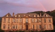 Супруги из Австралии 6 лет реставрируют французский замок XVIII века, чтобы сделать из него отель