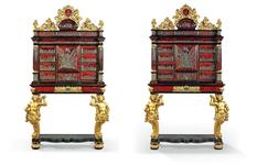 Шкафы короля и стол королевы: Ротшильды выставят на аукцион мебель европейских монархов