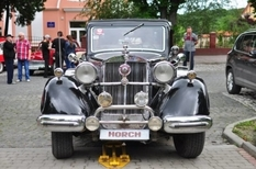 Horch 951, DeSoto S-6 и Mercedes-Benz: автомобили 1940-х посетили IV Международный фестиваль стиля «Ретрофест»