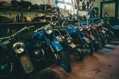 Колишній гонщик показав свою колекцію, яку збирав 40 років
