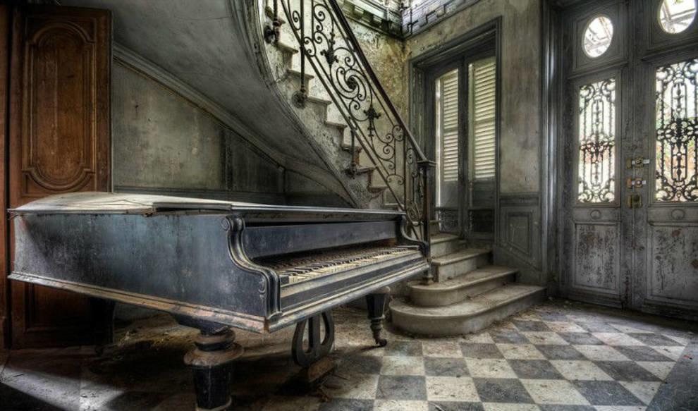 Невероятные и заброшенные: старинные французские дома, которые стали ненужными своим владельцам