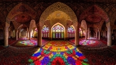 Abstract patterns and geometric shapes: hypnotizing beauty of Islamic architecture