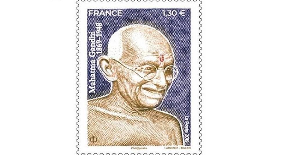 Франция и другие страны мира напечатали марки в честь Махатма Ганди