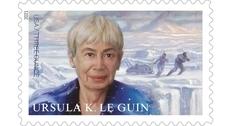 В США представили марку в честь писательницы Урсулы Ле Гуин
